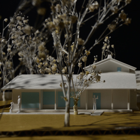 『屋敷林のある家』主屋模型 (11).jpg
